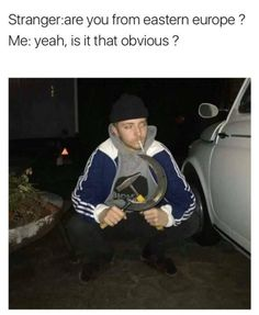 But is his feet all the way on he ground Funny Memes Images, Stupid Funny Memes, Funny Facts, Funny Pictures, Hilarious, Cat Memes, Dankest Memes, Russian Jokes, Meanwhile In Russia