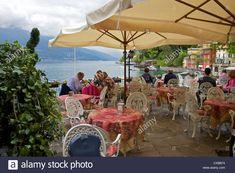 Vista do lado do lago na vila medieval de Varenna, Lago de Como, Lombardia, Lagos italianos, Itália, Europa Stock Photo