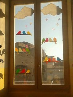 Classroom ideas 378724649916275990 - Fensterbilder Fensterbilder Source by NamiLaPyro Classroom Window Decorations, School Decorations, Decoration Creche, Class Decoration, Board Decoration, Diy And Crafts, Crafts For Kids, Paper Crafts, Diy Décoration