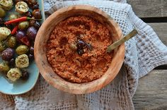 To give you a small taste of the Mediterranean diet! This savory dip combines artichokes with pimento-stuffed olives, kalamata olives, hot peppers, and red bell pepper with herbs and spices. Whole Food Recipes, Great Recipes, Vegan Recipes, Snack Recipes, Snacks, Amazing Recipes, Vegan Food, Stuffed Hot Peppers, Stuffed Olives