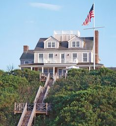 Nantucket.  Beach Houses : Interiors + Inspiration : Architectural Digest