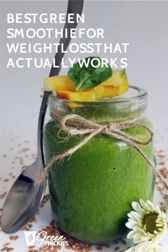 This is the best green smoothie for weight loss because it actually works. I lost 56 pounds in a few months by drinking this recipe. It also tastes delightful. Green Smoothie Cleanse, Green Detox Smoothie, Green Smoothie Recipes, Smoothie Diet, Healthy Smoothies, Green Smoothies, Healthy Drinks, Healthy Food, Low Calorie Fruits