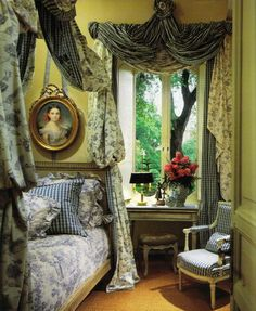 Wohnen Eye For Design: The Lit à la Polonaise.Elaborate And Romantic Beds - love the matching wi French Country Decorating, Romantic Bed, Beautiful Interior Design, Country Bedroom Design, French Country Bedrooms, Country Decor, Beautiful Bedrooms, Interior Design, Country Bedroom