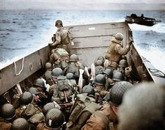A landing craft approaching Omaha Beach in Normandy, France on D-Day, June D Day Normandy, Normandy Beach, Normandy France, Normandy Ww2, D Day Invasion, Normandy Invasion, D Day Landings, Army Infantry, Landing Craft
