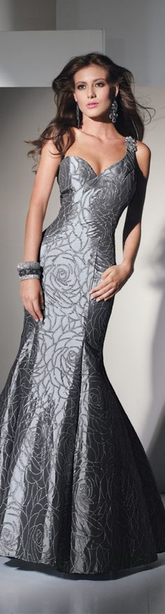 Shop for Alyce Paris prom gowns and homecoming dresses at Simply Dresses. Long evening gowns and short sexy designer party dresses by Alyce. Moda Fashion, Grey Fashion, Bridal Dresses, Prom Dresses, Formal Dresses, Graduation Dresses, Casual Dresses, Beautiful Gowns, Beautiful Outfits