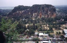 Marble Mountain was one of five mountains located south of Da Nang that stretched from the coast inland or westward.
