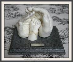 Mommy, Daddy & Baby 3D Casting By Julia Schulze, Germany www.mommyandbaby.de