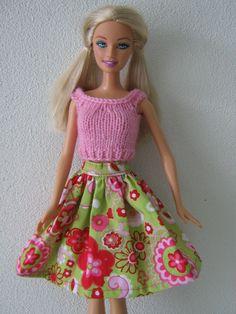 Vrolijk rokje met top voor Barbie