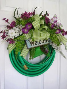 Have extra hose? Make a wreath!!