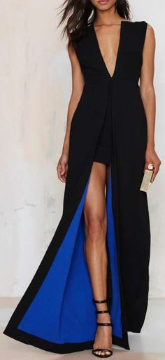 Solace Saar Maxi Dress ==