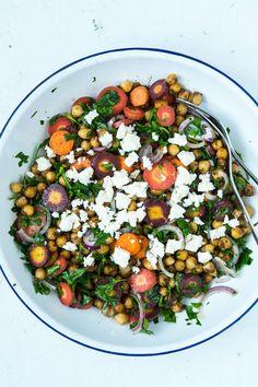 Healthy Dinner Recipes, Vegetarian Recipes, Cooking Recipes, Waldorf Salat, Vegan Curry, Vegan Meal Prep, Vegan Thanksgiving, Vegan Kitchen, Dinner Is Served