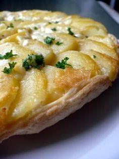 Tatin de pommes de terre au cantalâte brisée 5 à 6 pommes de terre 400 g de cantal persil sel poivre