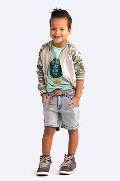 YESSSSSSS de nieuwe collectie van Flo boys staat vanaf vandaag online! Misschien herken je in de naam wel dat het hier gaat om het broertje van Dress Like Flo. Verwacht dan ook een beetje hetzelfde...
