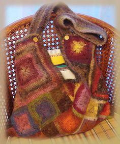 Ravelry: Balcat's Ma Babette's Masa Bag Crochet Purses, Crochet Bags, Mom In Law, Crochet Wool, Yarn Projects, Knitted Bags, Crochet Accessories, Purses And Bags, Crochet Patterns