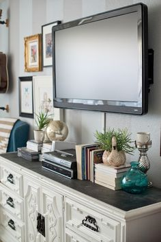 Styling A Modern Gallery Wall For The Home Decor Around Tv Tv pertaining to dimensions 1068 X 1600 Bedroom Dresser Decor With Tv - Who says that bedroom My Living Room, Home And Living, Living Room Decor, Bedroom Decor, Master Bedroom, Bedroom Wall, Tv On Wall Ideas Living Room, Decor Room, Modern Bedroom