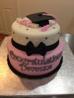 Pink, black and grey Graduation Cake! Graduation Cake, Graduation Parties, Graduation 2015, College Graduation, Graduation Ideas, Fondant, Walking Dead Cake, Sweet 16 Birthday Cake, City Cake