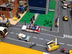"""18 curtidas, 1 comentários - Regiane Reis :} (@regianereiis) no Instagram: """"Caça fantasmas em ação rs  EXPO LUG Brasil 2015, uma exposição de criações feitas com peças de LEGO."""""""