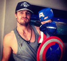 Stephen Amell aka Green Arrow from the CW's Arrow has his baby girl dressed as Captain America
