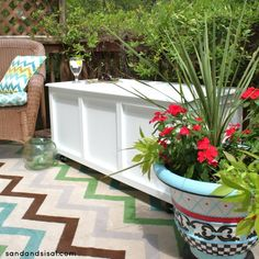 Learn how to make an outdoor storage box / bench for your patio or deck with this step by step tutorial.