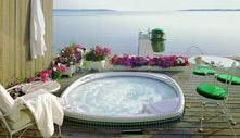 Hot Tub Installation Idea 6: http://www.hotspring.com/planning-tools/hot-tub-installation-ideas
