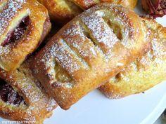 G anz schnell gemachte Apfeltaschen mit einem einfachen Quark-Öl-Teig. Eine schöne süße Alternative zu Kuchen, Torten & Co. Anstelle von Äp...