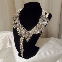 Rhinestone Necklace, Collier Nuptiale, Statement Wedding Neck Piece, Haute Couture Bridal Collar, Keepsake Jewelry.