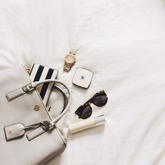 #flatlay #flatlays #fashion #style #bag #whatsinmybag #glasses #watch #makeup