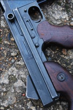 Thompson Sub Machine Gun M1A1