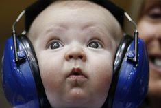 Sporting his Duke blue headphones at a Blue Devil Basketball game. Possibly Duke's smallest fan! Basketball Games For Kids, Basketball Equipment, Duke Basketball, Basketball Players, Shiva, Coach K, Pet Parade, Basket Sport, Best Noise Cancelling Headphones