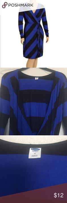 Cute wrap dress Blue and black Wrap dress by Old navy. In great condition. Only wore it once. Size Medium Old Navy Dresses