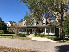 First Time on the Market... Absolutely Stunning Large Home Bordering Ocala's Prestigious SE Historic District! Location is Superb .Across the Street from Beautiful Pond & Park giving a Peaceful Vista From the Large Front Porch All the While Being Close to Many Downtown Amenities & in 8th St., Osceola, Forest School Districts. The Home Has Many Features Including 5 BR / 4 BA and a Great Split Floor Plan - Master & 1 BR Downstairs, 2 Upstairs w/ Window Seats Overlooking Pond an more! ML510494