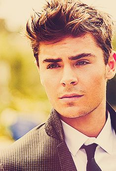 Zac Efron.|| One of the world's most attractive men. EVER. Hey Good Lookin, Pretty Boys, Beautiful Boys, Gorgeous Men, Attractive Guys, Zac Efron, Messy Hair, Handsome Man, Cute Guys