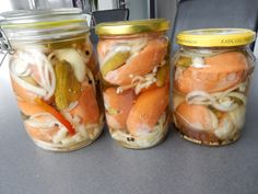 Nejlepší domácí utopenci Bon Appetit, Wood Crafts, Mason Jars, Food And Drink, Canning, Recipes, Number 3, Preserve, Recipies