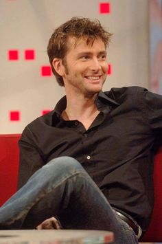PHOTO OF THE DAY - 7th October 2016:   David Tennant on BBC Breakfast News (2005)