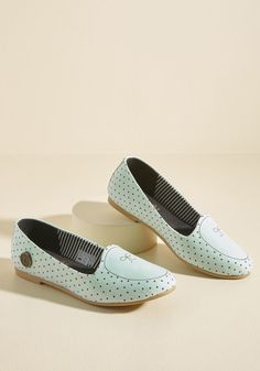 Loly in the sky Flats But Not Least Loafer in 6, #ModCloth