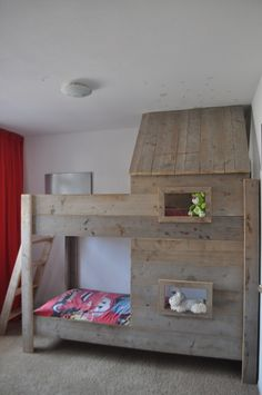 Een Stapelbed / Hoogslaper van steigerhout model Sandro | KSK Steigerhout