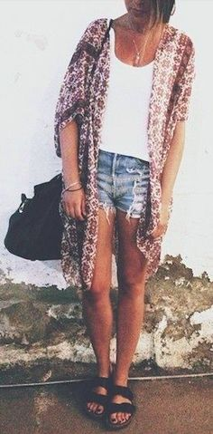 summer outfit w/ sandals tank high waist shorts and kimono