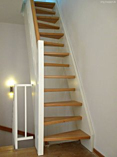 schmale raumspartreppe cabin stairs pinterest. Black Bedroom Furniture Sets. Home Design Ideas