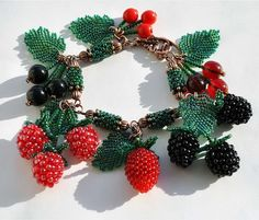 beaded berries by Alexandra Matveenko