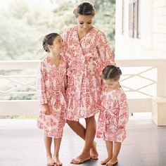 A wedding, where the junior bridesmaid and flower girls adorned the same Plum Pretty Sugar robes as the rest of the bridal party.