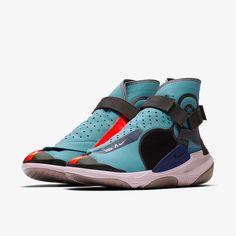 Futuristic Shoes, Diesel Shoes, Kicks Shoes, Nike Basketball Shoes, Casual Sneakers, Streetwear Fashion, Envelope, Footwear, Zapatos