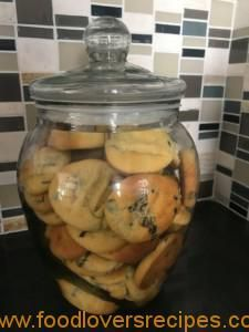 Food Lovers Recipes | CHOC CHIP KOEKIESCHOC CHIP KOEKIES Afrikaans, Biscuits, Muffins, Sweet Treats, Chips, Lovers, Cookies, Cake, Recipes