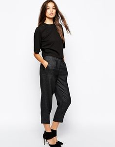 Sisley Cropped Pant in Tailored Fabric