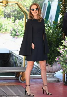 Kate Beckinsale está entre as Mais Bem Vestidas da Semana Dress Outfits, Casual Dresses, Short Dresses, Fashion Dresses, Formal Dresses, Sparkly Dresses, Cheap Dresses, Elegant Dresses, Maxi Dresses