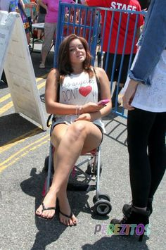 Check the pics ariel winter sunday july ariel winter sits in a