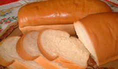 Pão de leite fofinho ingredientes 2 xícaras de leite morno 1/2 xícara de óleo 1/2 xícara de açúcar 1 colher (café) de sal 15 g de fermento de pão 4 xícara de farinha de trigo 1 ovo MODO DE PREPARO Bata os ingredientes no liqüidificador e por último misture a farinha de trigo Mexa bem…