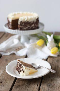 Saftige Eierlikörtorte mit Schokoboden für Ostern // chocolate cake with egg liqueur for Easter // Sweets and Lifestyle