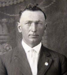 """Ermenegildo """"Herman"""" Genetti (1893-1967)"""