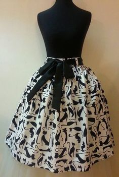 African fashion is available in a wide range of style and design. Whether it is men African fashion or women African fashion, you will notice. African Fashion Designers, African Inspired Fashion, Latest African Fashion Dresses, African Dresses For Women, African Print Fashion, Africa Fashion, African Attire, African Wear, Women's Fashion Dresses