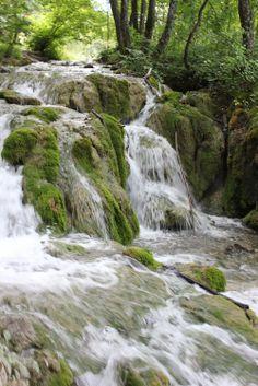 Plitvice Lakes - Nacionalni park Plitvička jezera - Inquisitive Travels from http://inquisitivefoodie.com